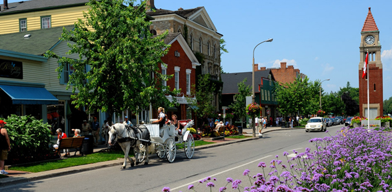 Downtown Niagara-on-the-Lake. Shaw Theatre. Niagara Falls Condominiums.