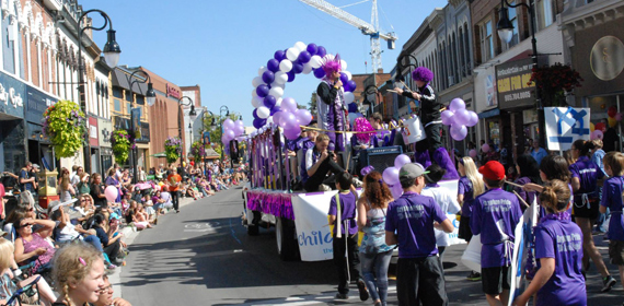 The Niagara Wine Festival includes a family friendly parade throughout downtown St. Catharines.